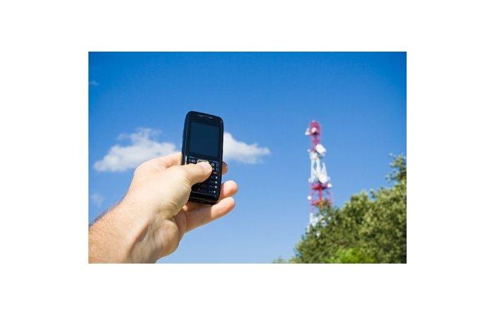 Donnerwetter - Mediziner warnen vor Handy-Nutzung im Freien