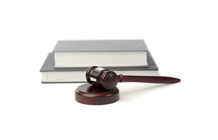 Urteil - Teilweise Löschung einer negativen Bewertung bei eBay